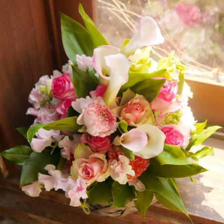 pastel-flower-arrangement.jpg